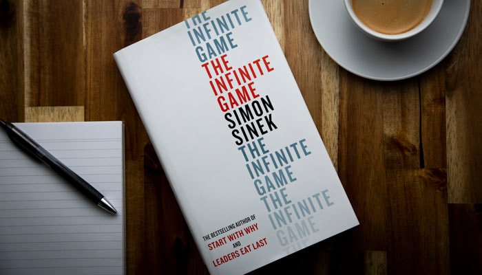 The Infinite Game book by Simon Sinek reviewed by Roxanne Grey